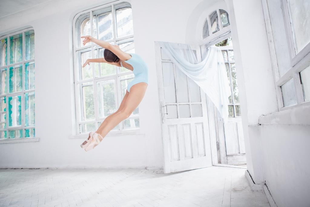 ventanas en pompa, mujer