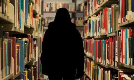 Encerrados a leer a novelas…